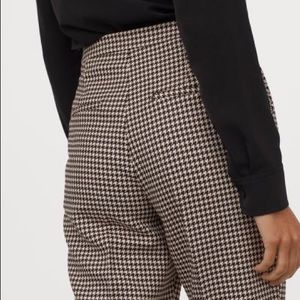 2 for $20 | H&M | houndstooth cropped plaid pants